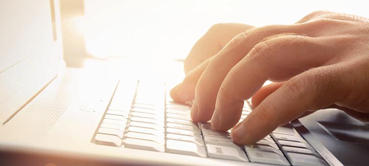 hands-typing-on-keyboard-bnr-001